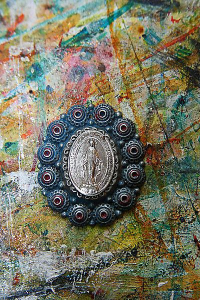 Holy medal