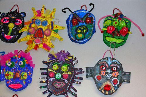 Finn's art class open house_7_22_09 MASKS