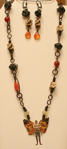 Dream angel_butterfly necklace with wooden block beads