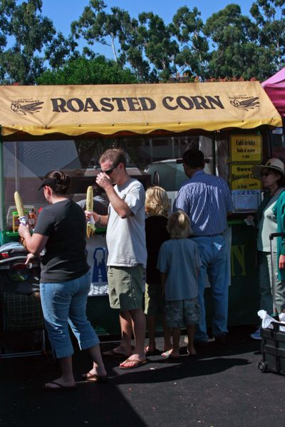 Farmer's market sept 26_roasted corn