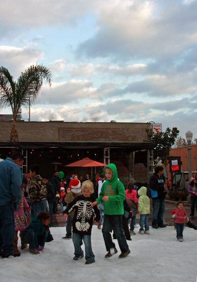 Winterfest in fullerton_painted sky