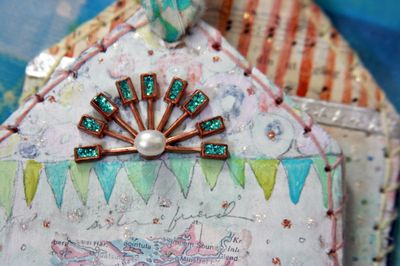File_Kelly's Ornament_2011_Adorn_2011 11 22_0103_edited-1