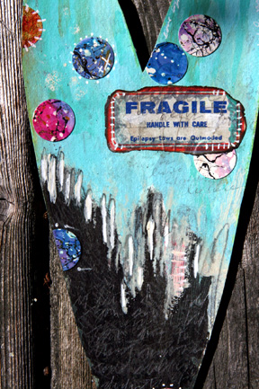 Fragile_detail