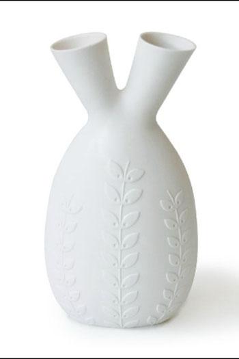 Acc8d_v-day-interiors-vase