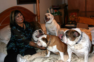 Sylvia_and_her_pups