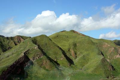 Verdant_green_hills