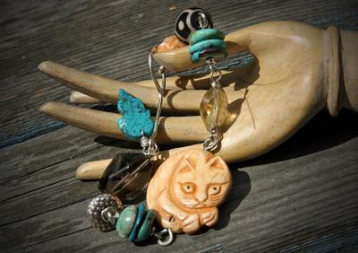 My_cat_birthday_bead_bracelet